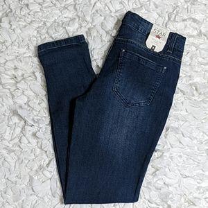 *Vanilla Star Skinny Let It Roll Jeans Junior's 11